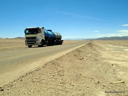 Vers le désert de sel d'Atacama