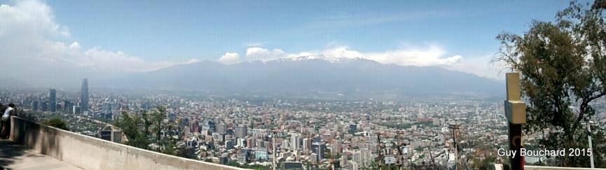 Les Andes au loin