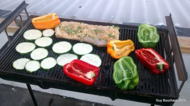 Une préparation alimentaire de groupe à Caldera